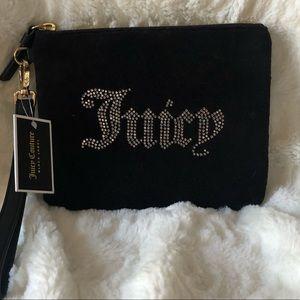 ❤️❤️ Juicy Couture Black Label Velvet Wristlet